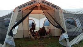 Zelte für Erdbebenopfer in Nepal